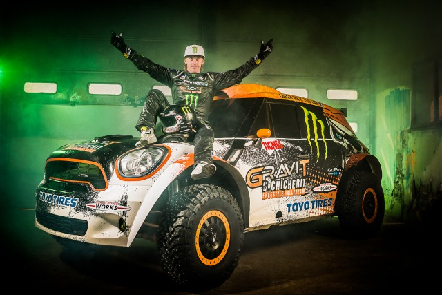 Guerlain Chicherit to attempt longest car ramp jump record