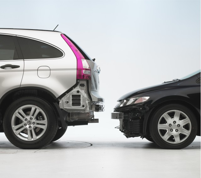 Iihs mismatched bumpers between cars and suvs can cost for Iihs honda crv