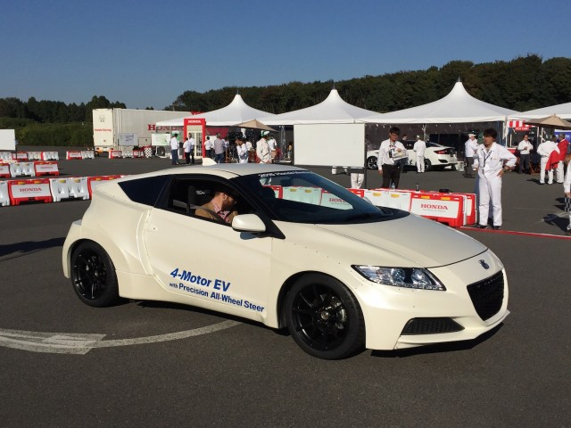 Honda Fuel Cell Preview Drive, Tokyo 2015