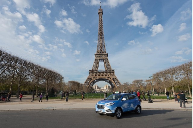 Hyundai ix35 (Tucson) Fuel Cell Paris taxi