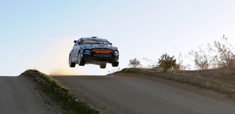 Hyundai Veloster rally car flies through the air