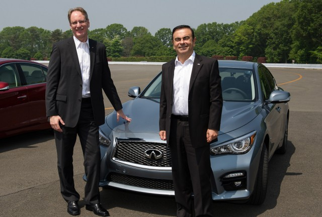 Infiniti chief Johan de Nysschen (left) with Renault Nissan CEO Carlos Ghosn