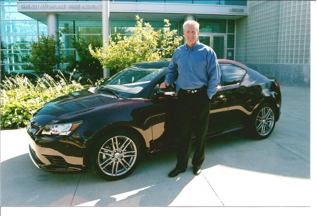 Jack Hollis presents Scion tC to Midwest press