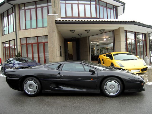 Jaguar XJ220 owned by Flavio Briatore