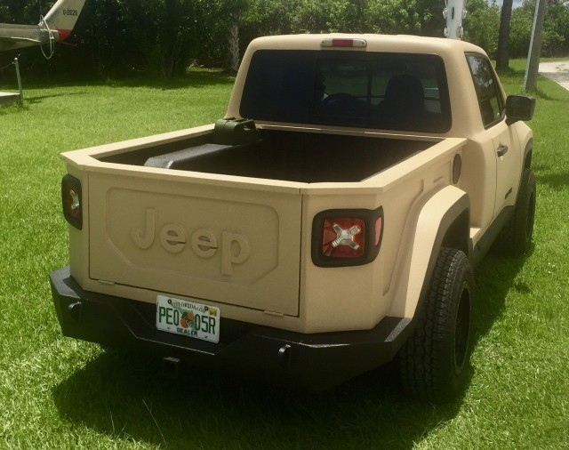 Custom Jeep Renegade pickup echoes Comanche of yore, and ...