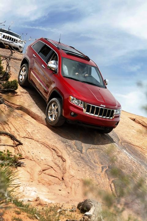 jeep_100314579_s.jpg