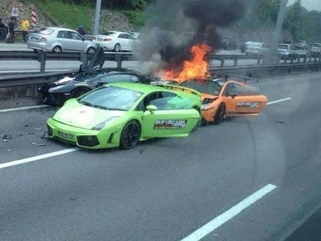 Lamborghini Gallardo crash in Singapore