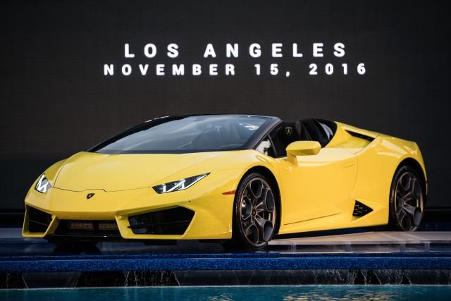 Lamborghini Huracán Rear-Wheel Drive Spyder, 2016 Los Angeles auto show