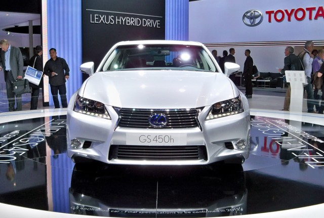 2013 Lexus GS 450h live photos