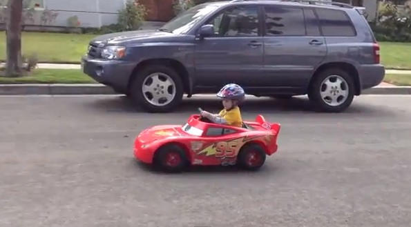 lightning mcqueen toy electric car photo by fftec california