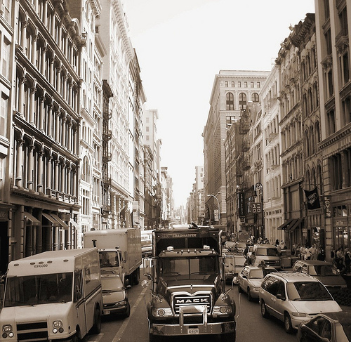 Manhattan traffic, by Flickr ruser JamesH2008