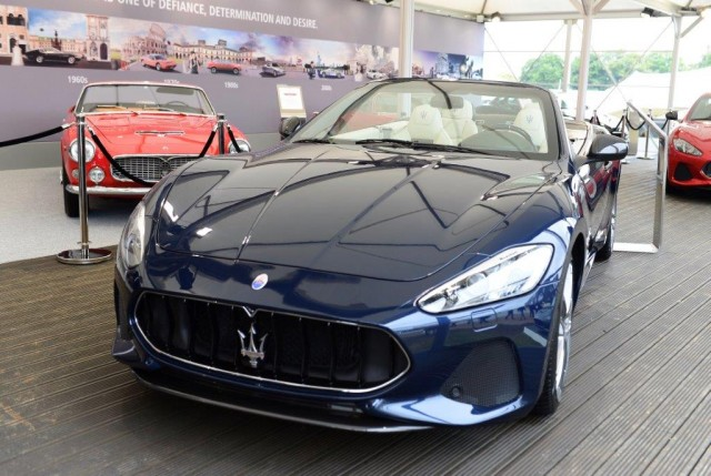 2018 maserati granturismo convertible revealed. Black Bedroom Furniture Sets. Home Design Ideas