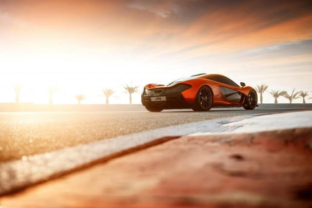 McLaren's P1 prototype at the Bahrain International Circuit - image: McLaren