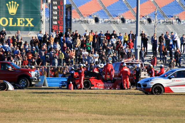 Memo Gidley and Matteo Malucelli crash at 2014 Rolex 24