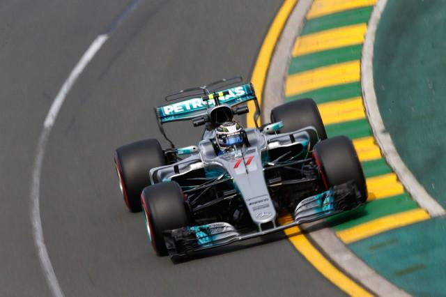 Vettel wins Melbourne Grand Prix as Ricciardo suffers