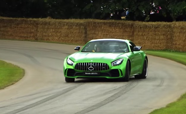 Mercedes-AMG GT R sounds glorious tearing up the Goodwood Hill