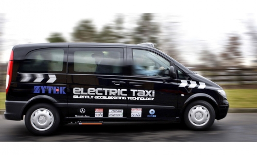 Mercedes-Benz E-Vito taxi, adapted to electric drive by consortium of British companies