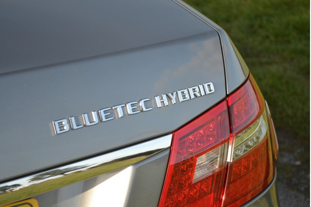 Mercedes-Benz E300 Bluetec Hybrid sedan