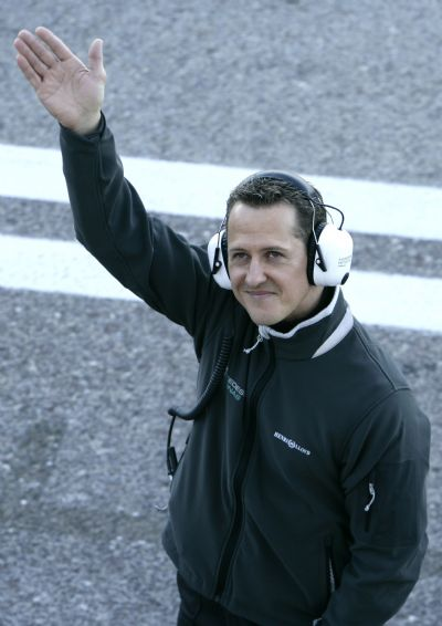 Michael Schumacher returns to F1 with Mercedes GP