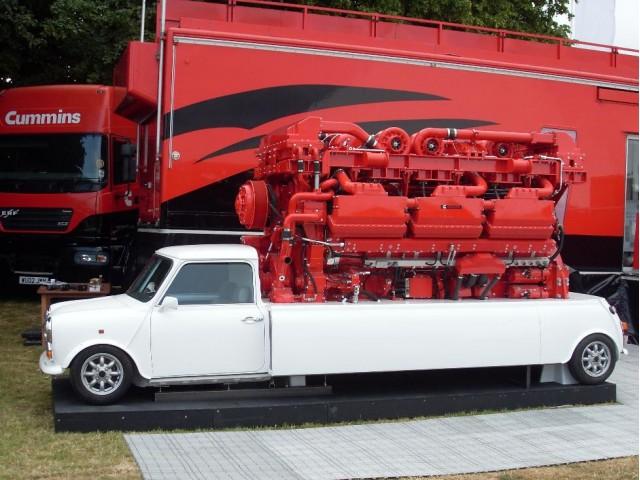 Mini pickup with Cummins QSK78 3500-hp 12-turbo 78-liter V-18 diesel engine