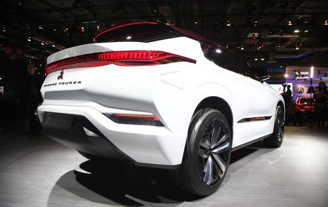 Mitsubishi Gt Phev Concept At Paris Motor Show
