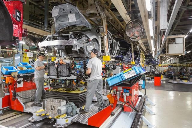 Nissan Leaf electric-car assembly at Sunderland, U.K., plant