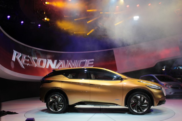 Nissan Resonance Concept live photos, 2013 Detroit Auto Show