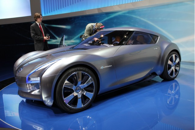 next nissan leaf to be followed by electric suv sports car. Black Bedroom Furniture Sets. Home Design Ideas