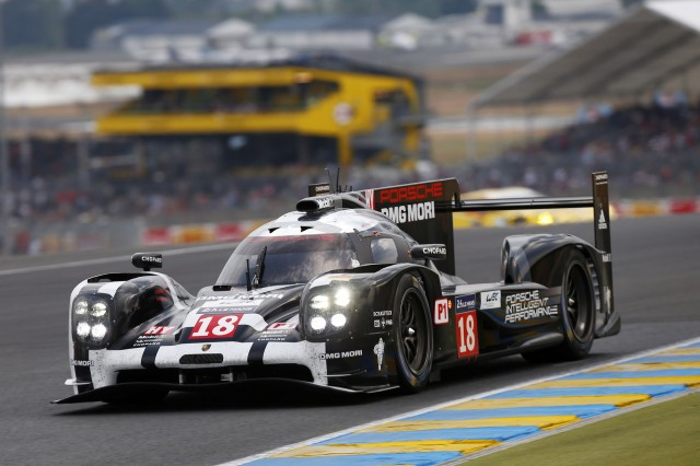 Number 18 2015 Porsche 919 Hybrid LMP1 race car