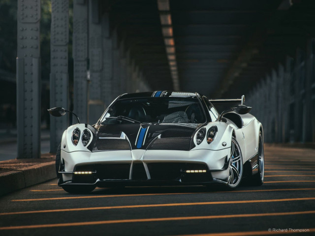 Pagani Huayra BC - Photo: Richard Thomas, Phase One