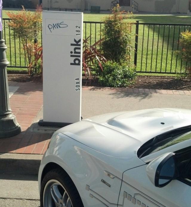 Poorly-sited Blink charging point in Watsonville, CA (Image: Jack Brown)