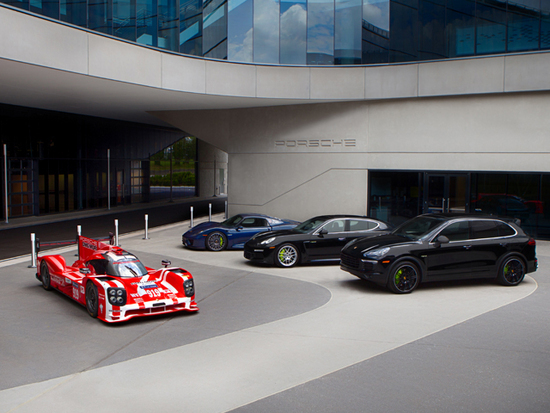 Porsche Experience Center >> Porsche begins making deliveries at Atlanta Experience Center