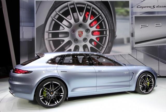 Porsche Panamera Sport Turismo Concept live photos, 2012 Paris Auto Show