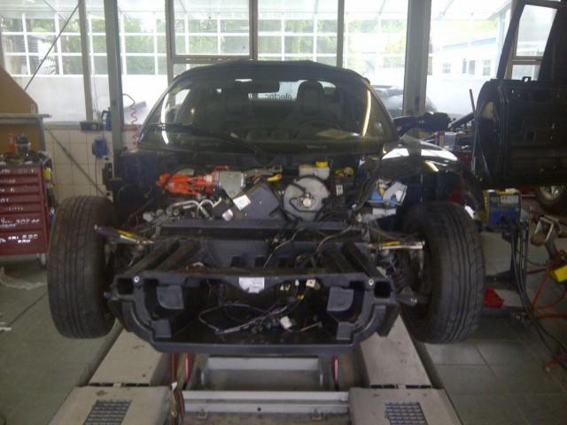 Rafael de Mestre's Crashed Tesla Roadster (via Facebook)