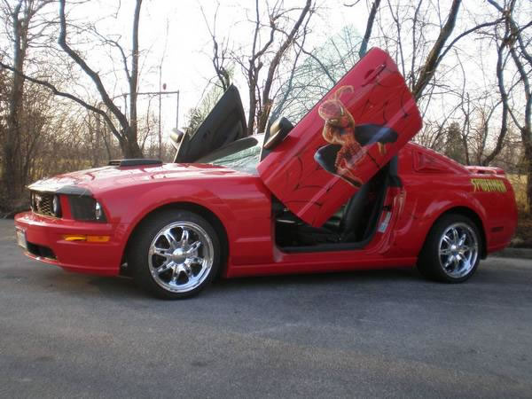 Spider-Man Themed Mustang Combines Passion and Memories ...