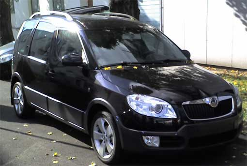 Spy Shots: 2007 Skoda Roomster Scout
