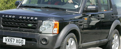 Spy Shots: Land Rover Discovery 3 packing 5.0L V8