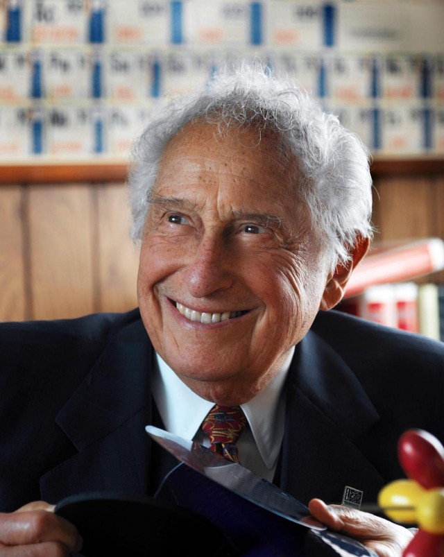 Stanford Ovshinsky: photo provided to the press by the Ovshinsky family.