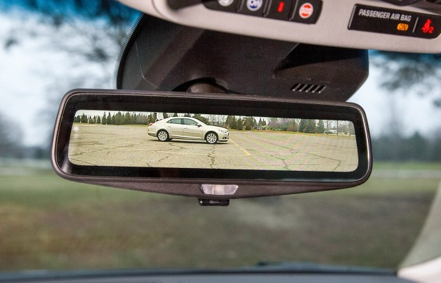 Streaming video rearview mirror from the 2016 Cadillac CT6