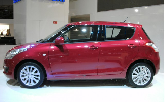 2011 Suzuki Swift live photos