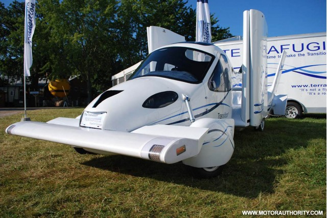 terrafugia transition flying car 002