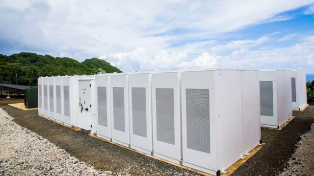 Tesla and SolarCity energy storage array on Ta'u, American Samoa