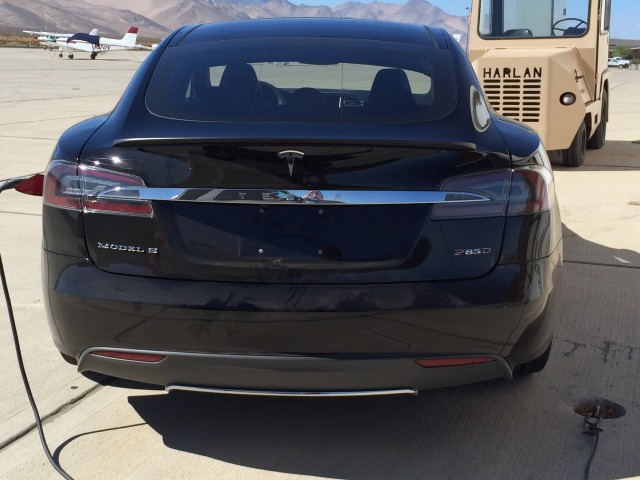 Tesla Model S 'P85D' photo, uploaded to Tesla Motor Club forum by Adelman, October 2014