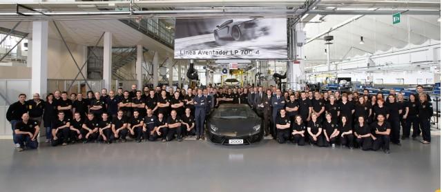 The 2,000th Lamborghini Aventador is built
