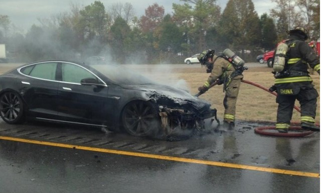 Third Tesla Model S catches fire after hitting road debris. Photo via Twitter user @NASHVILLAIN_