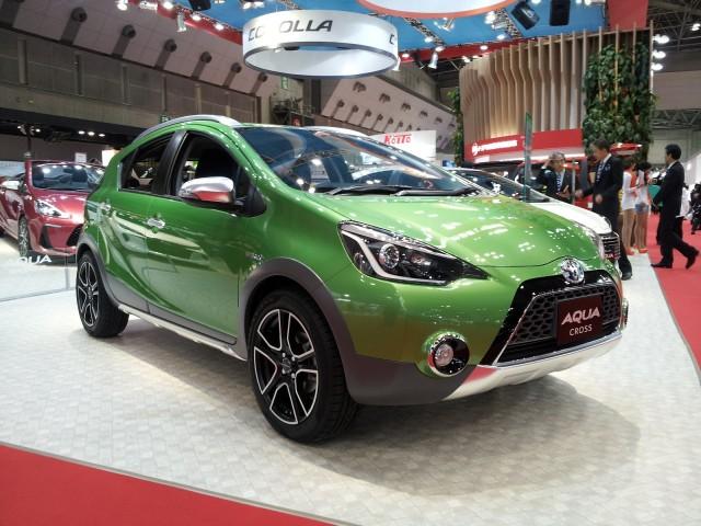 Toyota Aqua Cross Concept (Prius C) at 2013 Tokyo Motor Show