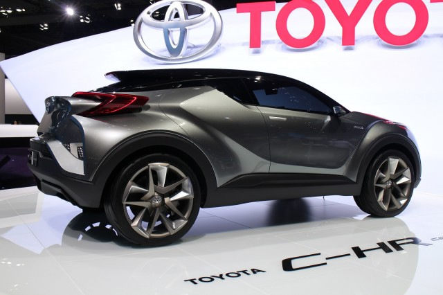 toyota c hr small suv to offer hybrid production debut at geneva show. Black Bedroom Furniture Sets. Home Design Ideas