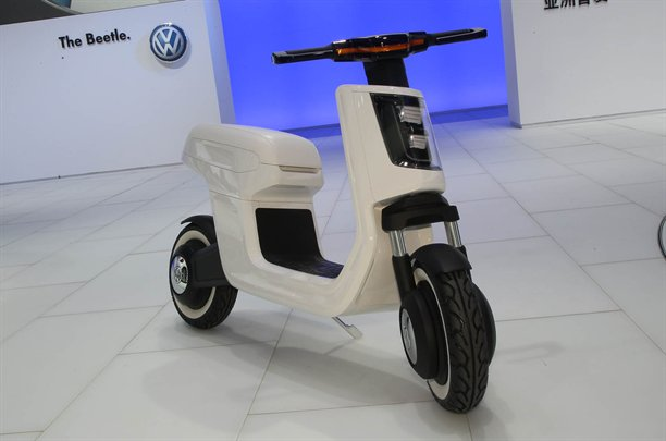 Volkswagen E Scooter at the 2011 Shanghai Auto Show, image by Autocar