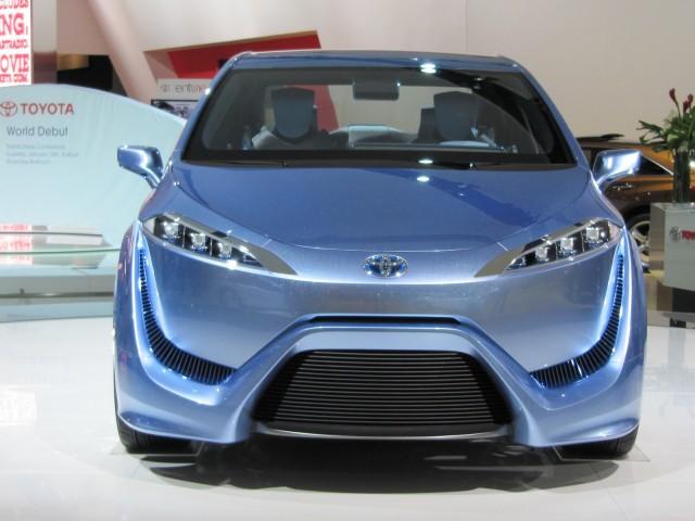 Toyota FCV-R hydrogen fuel-cell concept car, 2012 Detroit Auto Show
