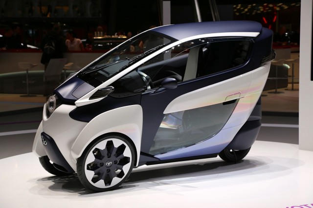Toyota Setsuna electric car concept wood body 28mph speed